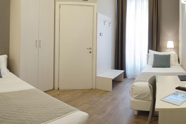 Hotel nuovo albergo centro trieste sito ufficiale miglior prezzo garantito - Finestre insonorizzate prezzo ...